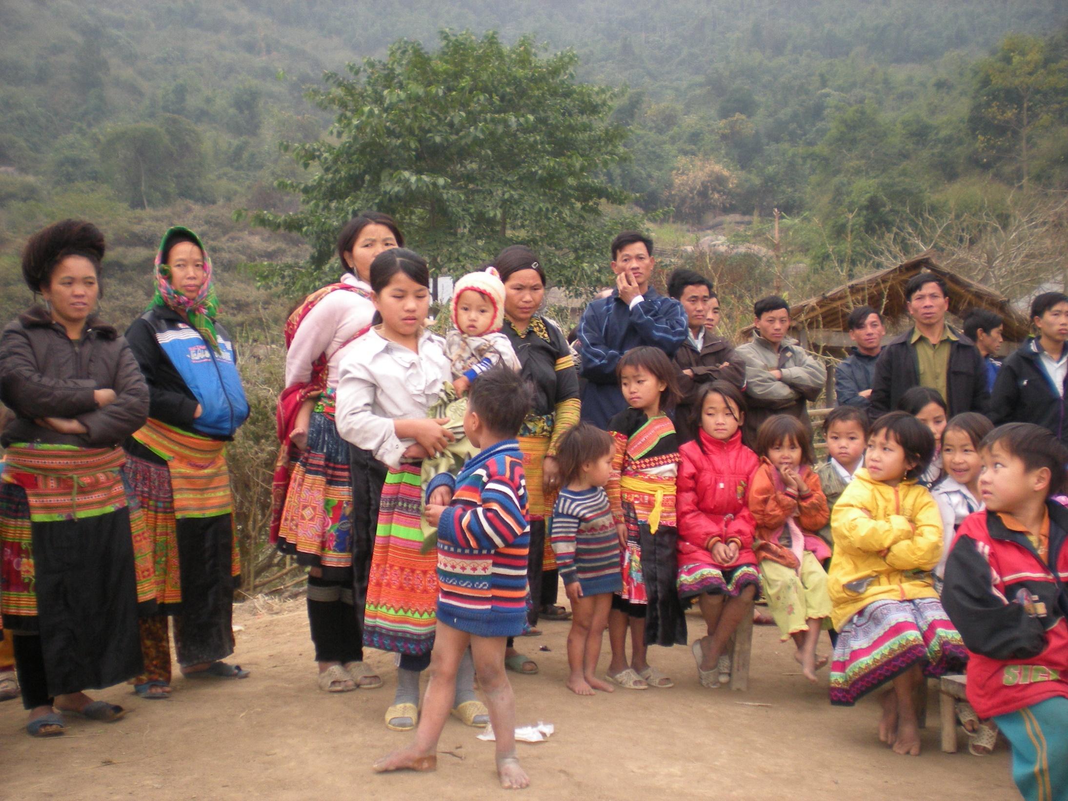 Construction d'une salle de bain pour les filles du foyer de Lashio en Birmanie